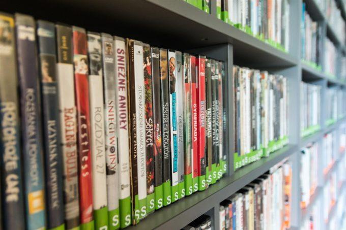 DVD,Blu-rayの総売上は年間3万円以上買うヘビーユーザーが6割を支えている